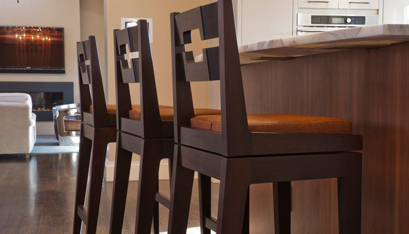 Swiveling Bar Stool Infusion Furniture